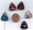 6 VINTAGE HANDMADE GLASS ASSORTED 18mm TRIANGLE BEADS