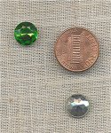 12 VINTAGE GLASS EMERALD 10mm ROUND RHINESTONES