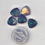24 VINTAGE EMERALD GLASS SHIELD TRI 12mm JEWELS