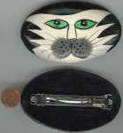 1 VINTAGE HAND PAINTED BLACK WHITE CAT FACE BARRETTE