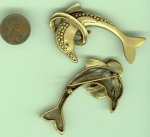 1 VINTAGE ANTIQUE GOLD 56mm DOLPHIN JUMPING BAR PIN