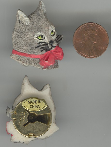 3 VINTAGE GRAY CAT RED BOW BUTTON COVERS