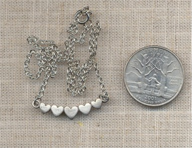 "1 VINTAGE SILVER 5 HEART PENDANT 16"" NECKALCE - Click Image to Close"